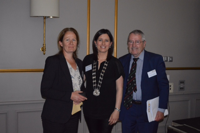O'Mullane Competition Winner 2017 Dr. Evelyn Crowley with Dr. J Mc Cafferty and Prof. O'Mullane